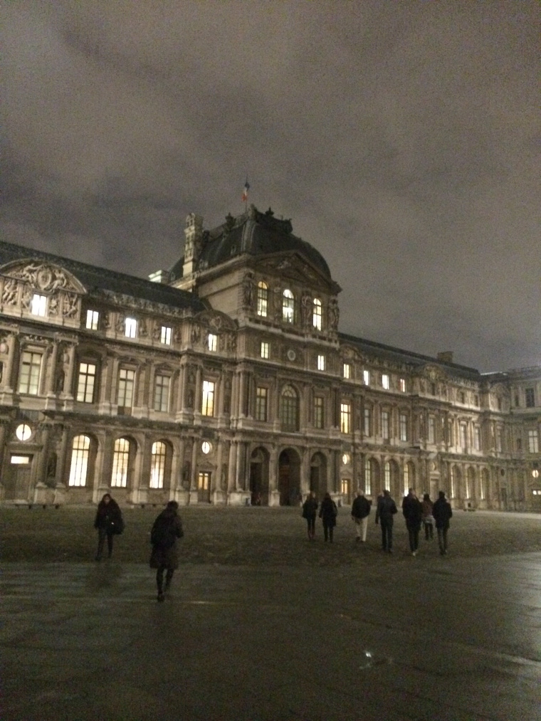 Night at the Louvre Gallery