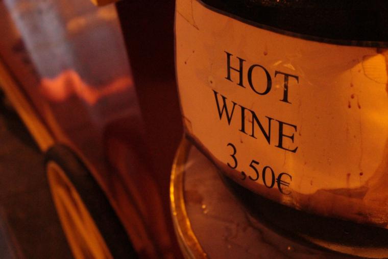 vin chaud in paris!