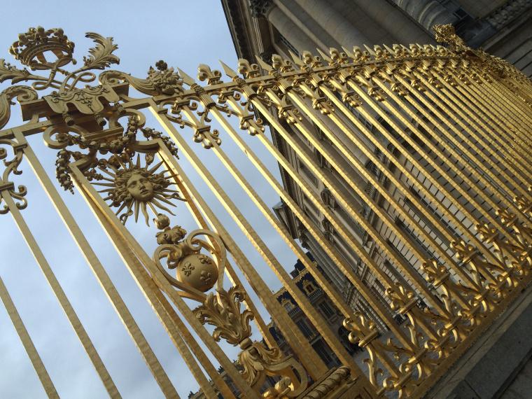 The golden gates outside Versailles Paris
