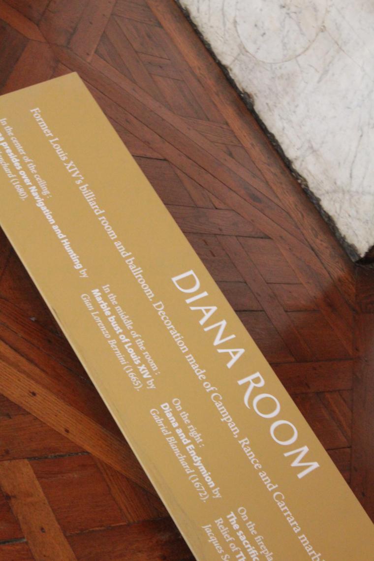Description card in Diana Room in Versailles