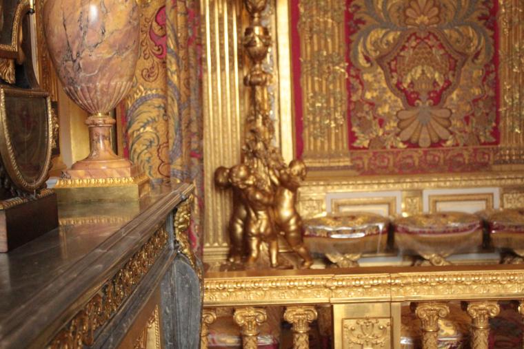 More bling in the King's bedroom in Versailles