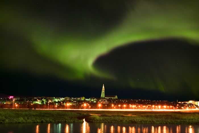 Reykjavík and the NOrthern Lights