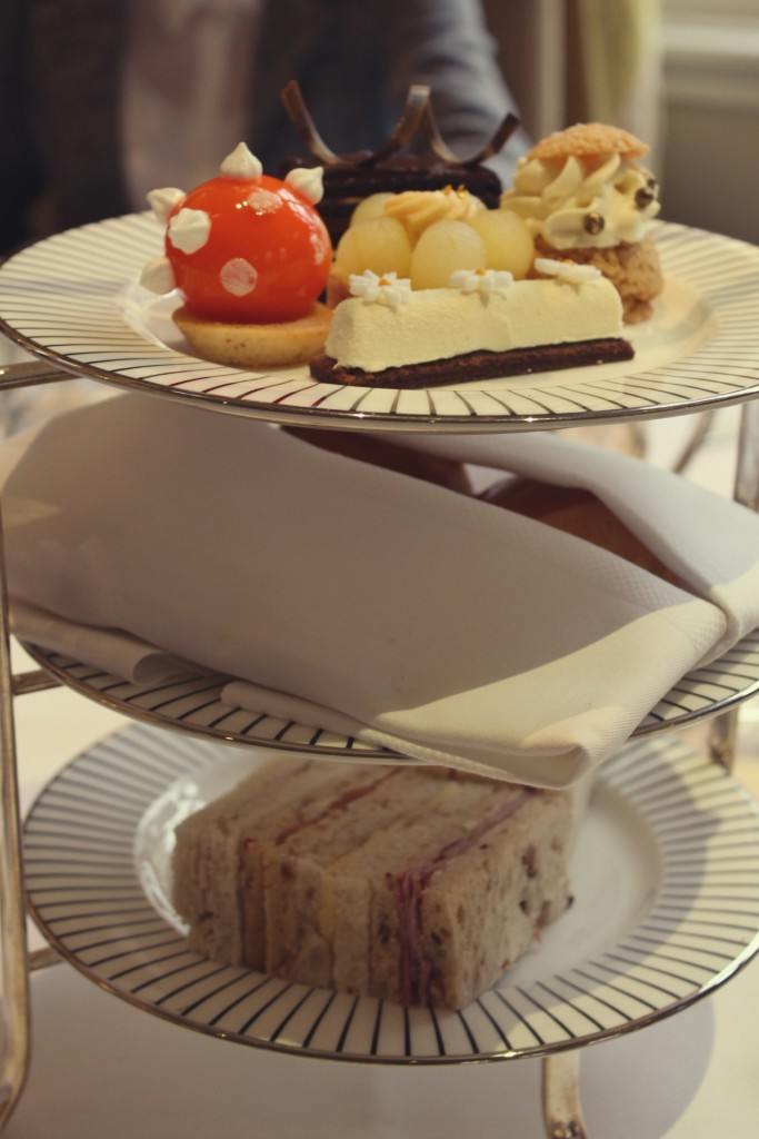 The Goring Hotel, London - afternoon tea cakes