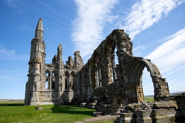 whitby-abbey-1596662_640