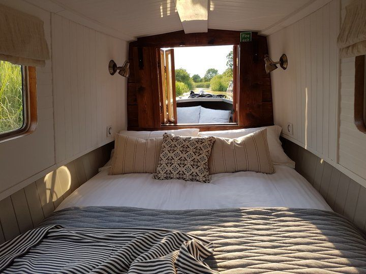 Luxury-narrowboating-leicestershire