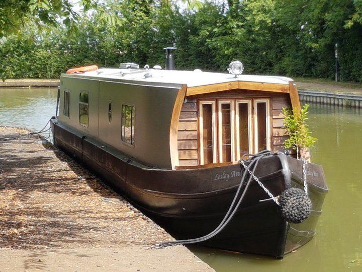 Luxury-narrowboating-leicestershire
