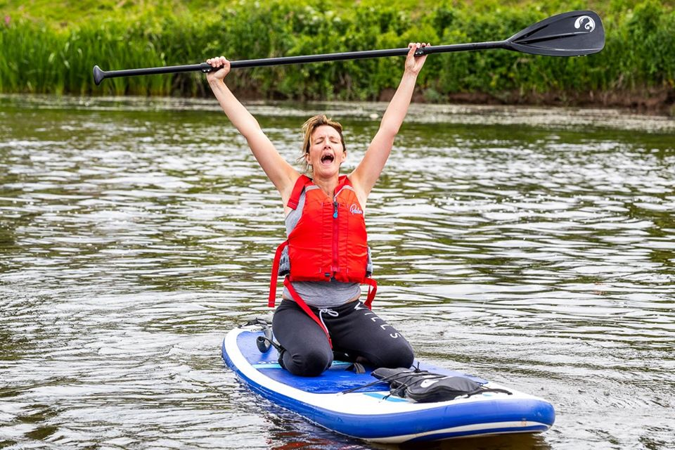 outdoor adventure stand up paddle boarding in the wye valley