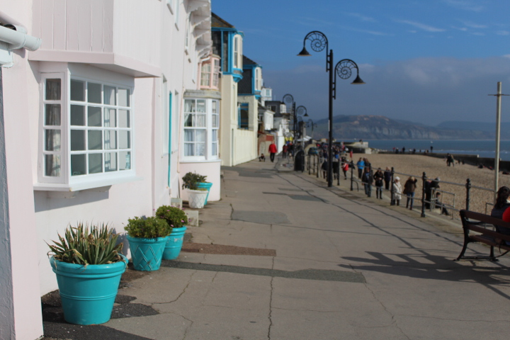 Things-to-do-in-lyme-regis: house on marine parade