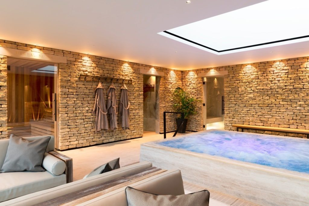 luxury-detox-retreat-uk-inside-spa