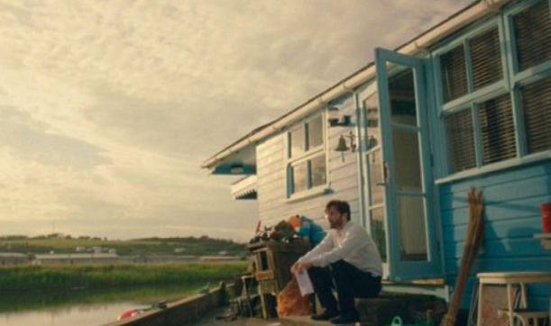 broadchurch filming location: blue chalet dci hardy sat at house, West Bay