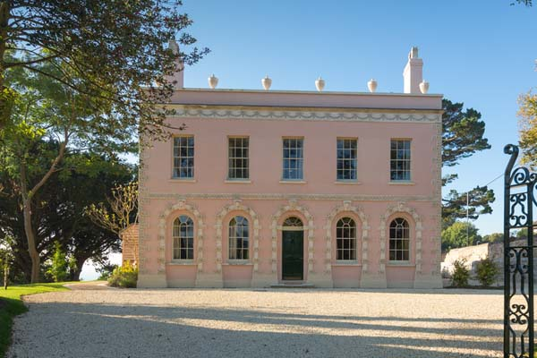 Things-to-do-in-lyme-regis: Belmont House, Front exterior