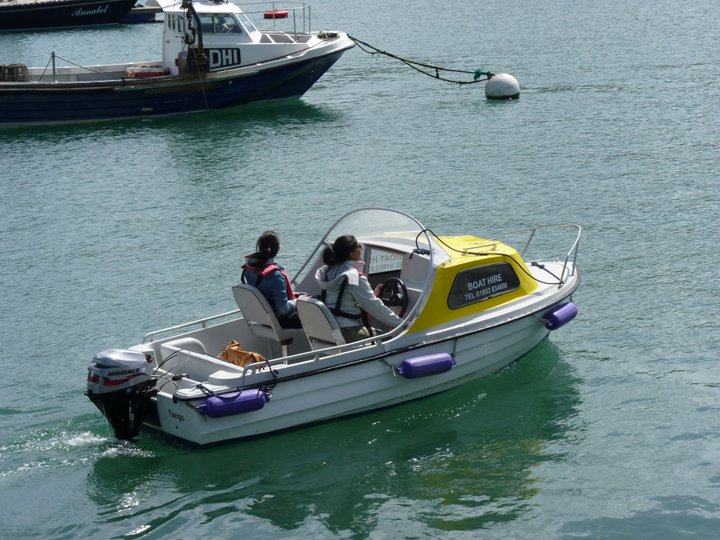 Dartmouth boat hire things to do