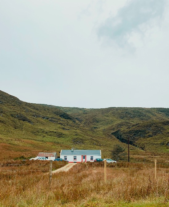 traditional Irish cottage on Wild Atlantic Way