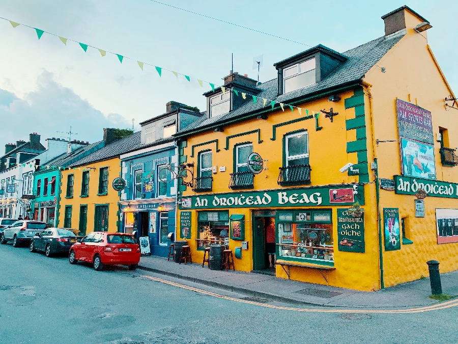 Colourful Pub in Dingle