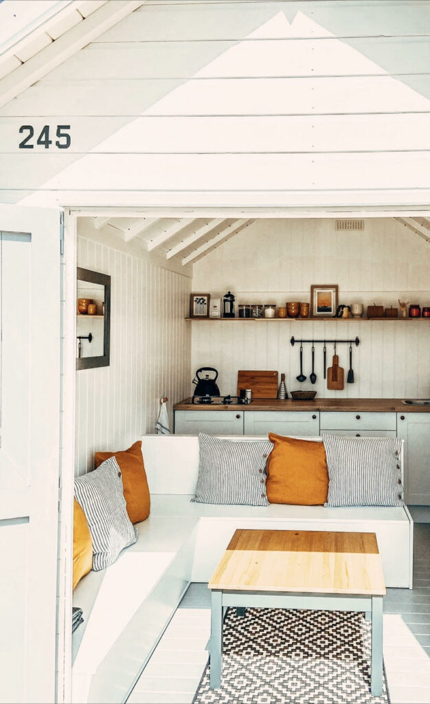 Cool Coastal Huts - Mersea 245 beach hut interior