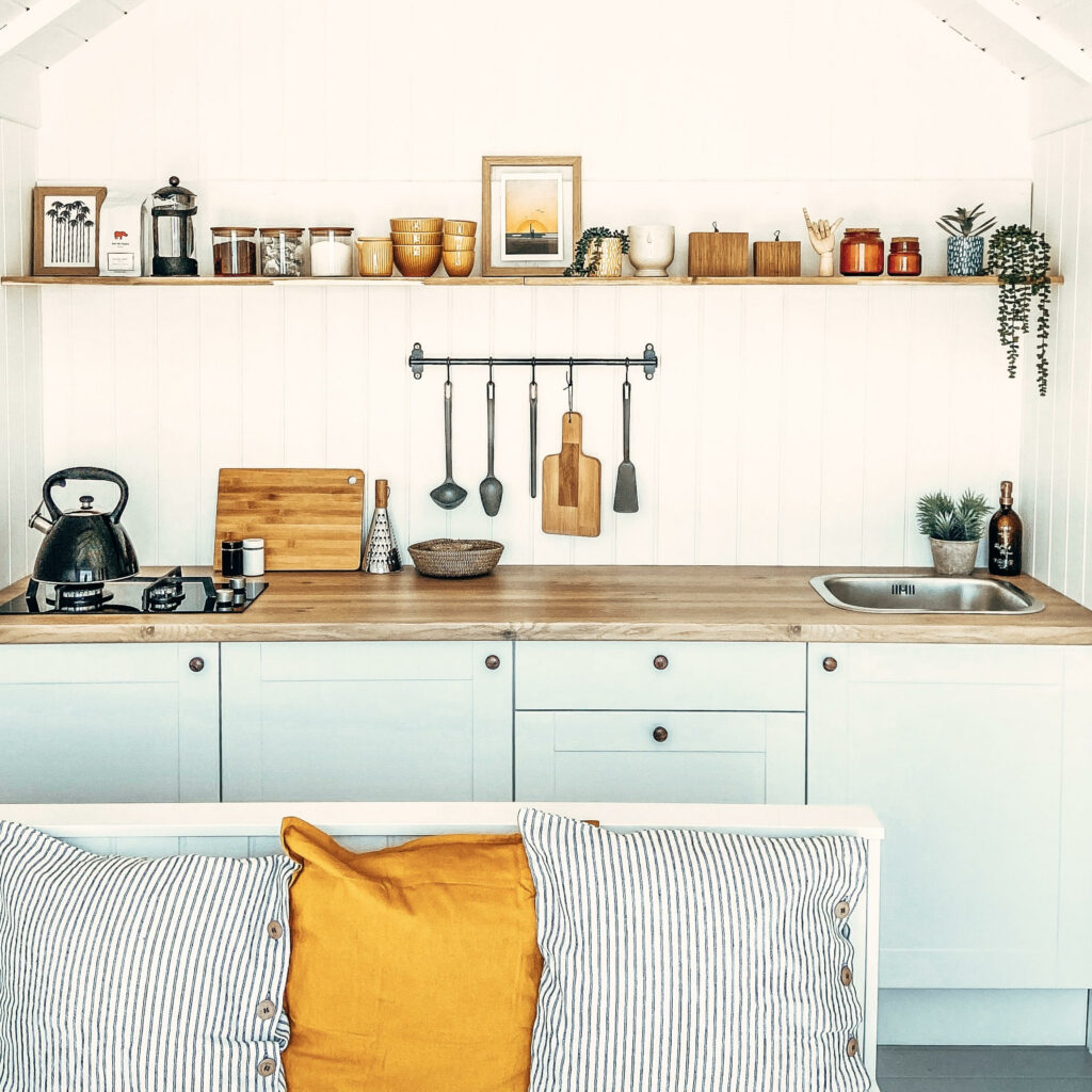 Cool Coastal Huts - Mersea 245 beach hut kitchen view