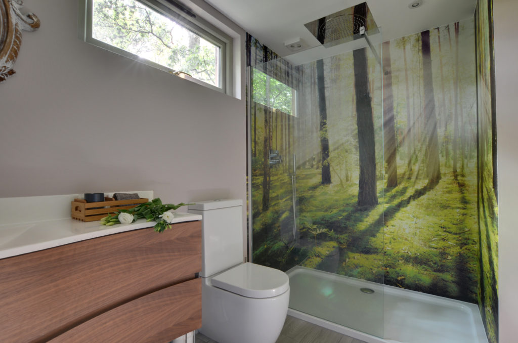 shower room in tinkers treeehouse sussex