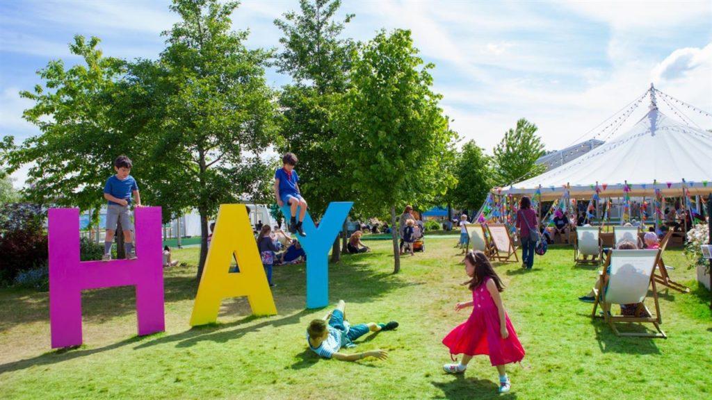 hay-festival-wales-credit-elisabeth-broekaert-1024x576