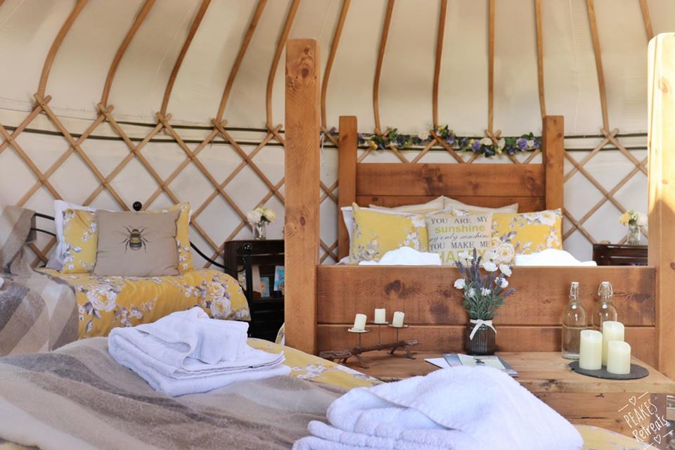 Peake's Retreat Yurts - inside bedroom