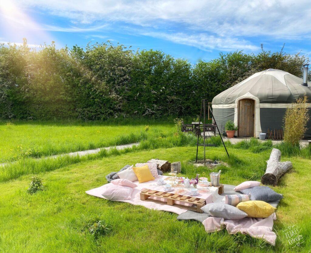 peake's retreats yurts in Staffordshire - picnic near yurt