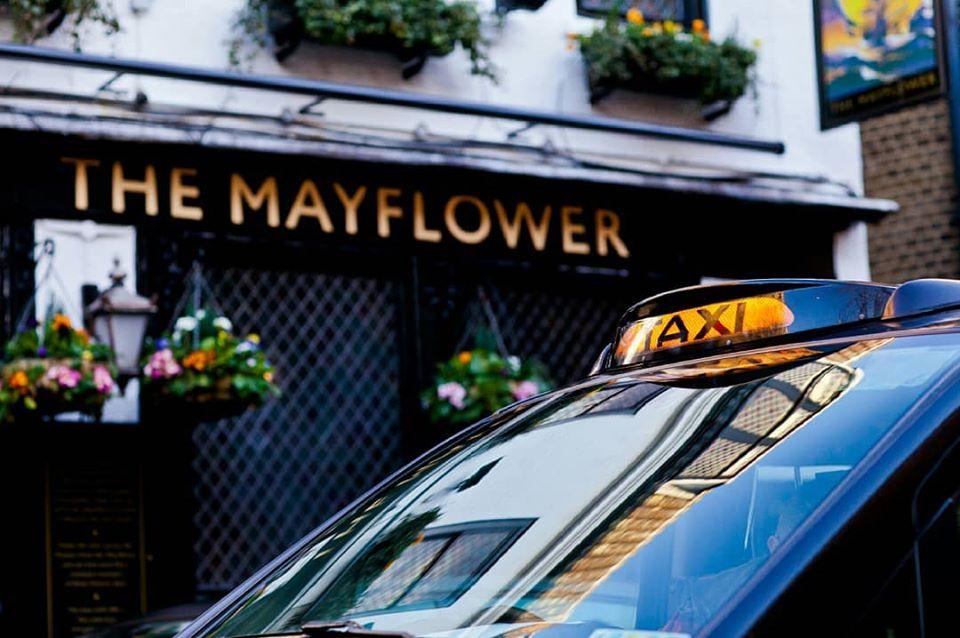 Black taxi tour London mayflower