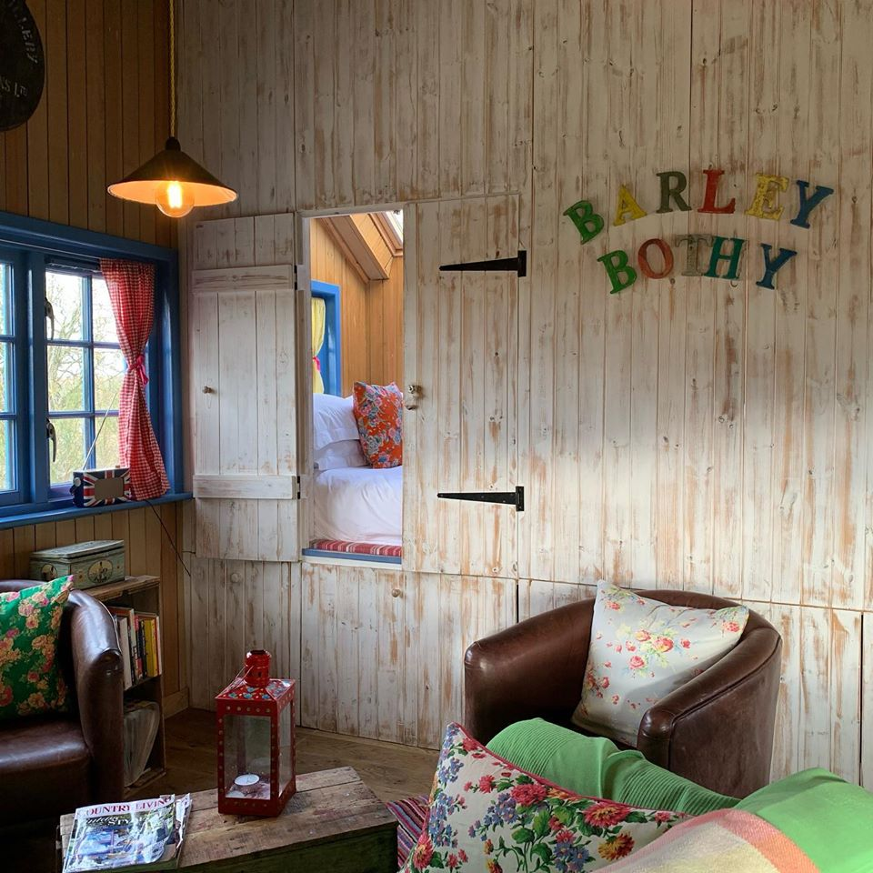 Boutique Farm Bothies, Barley Bothy, interior