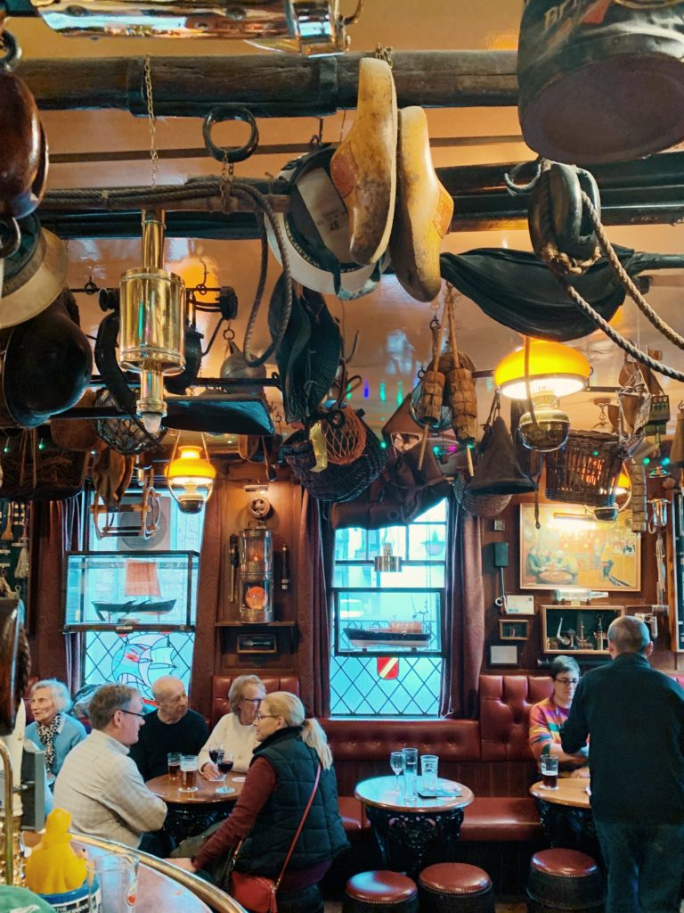 The Olde Ship Inn, Northumberland pub, Seahouses, inside bar