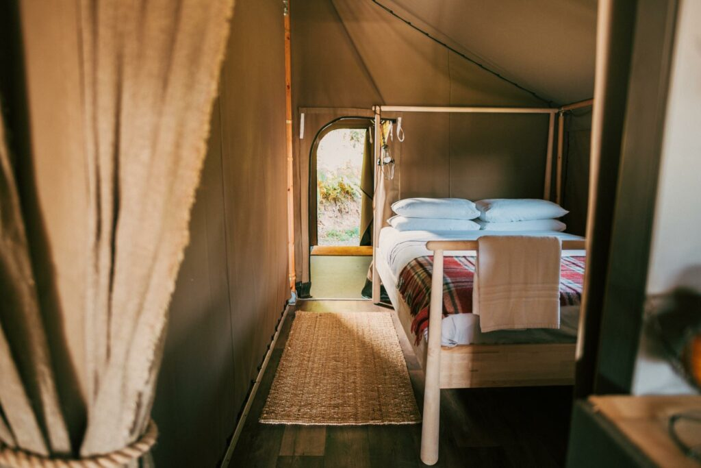 exe valley safari tent devon - bedroom