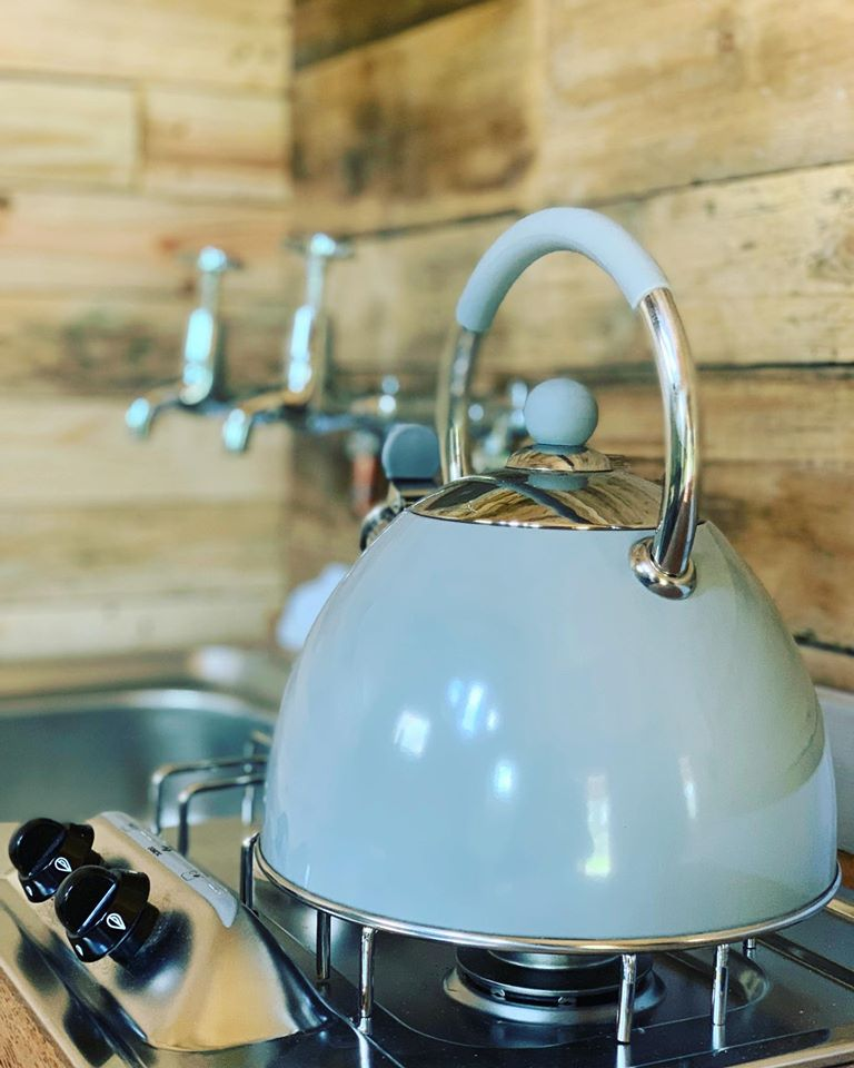 Albion Nights log cabin in norwich, norfolk - kettle in cabin