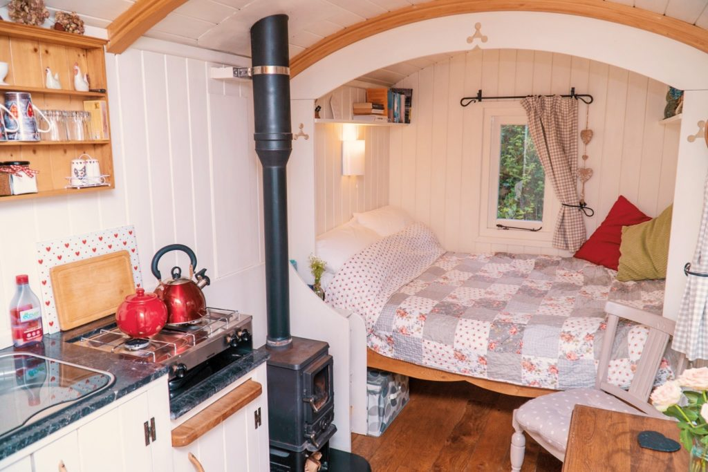Inside The Hut in The Sheep Wash - Ulverston glamping