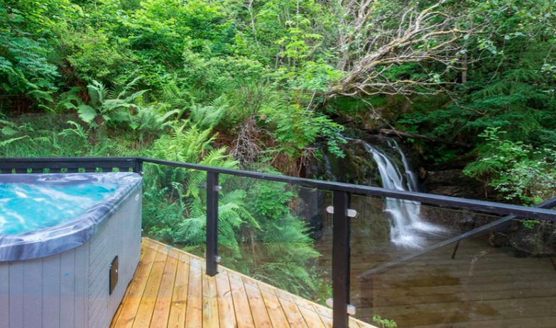 Loch Tay Waterfall Lodge with Hot tub - view of waterfall