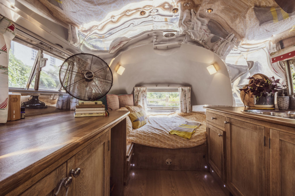 Dixie airstream retro van near lake windermere - bedroom inside