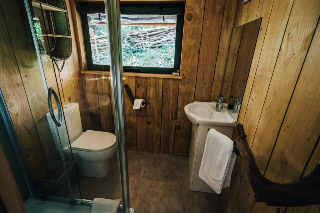 By The Wye - glamping site wye valley safari tent inside bathroom