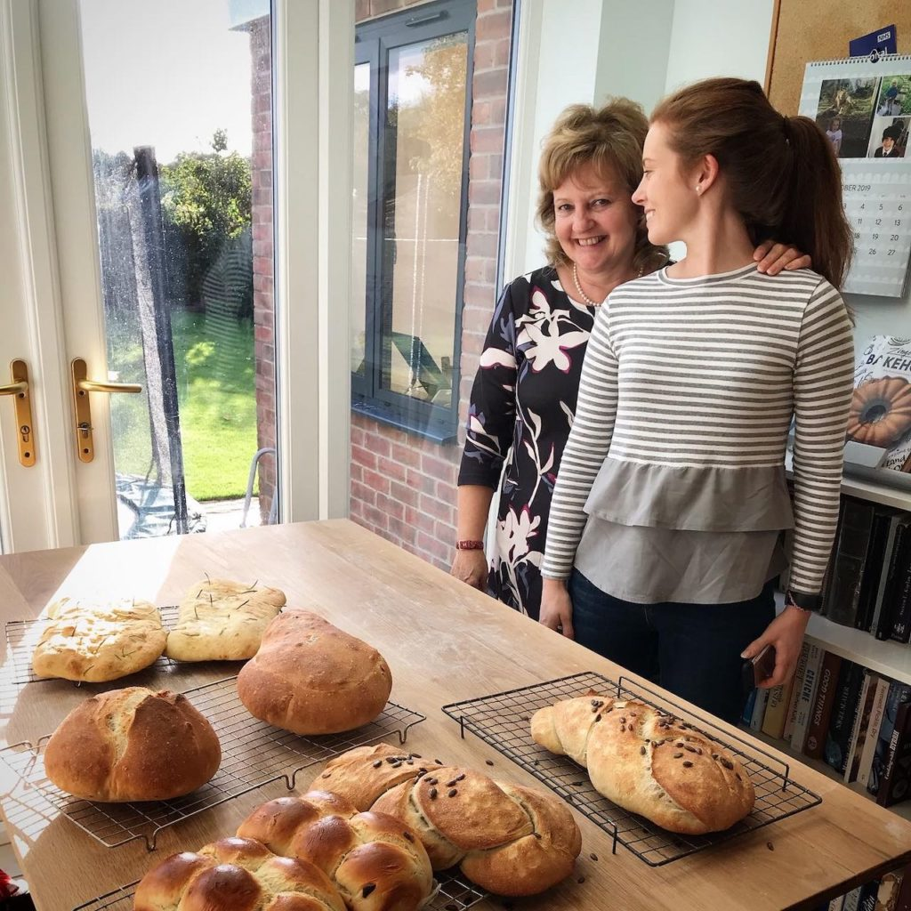 Severn Bites bread making classes - mum and daughter with loafs