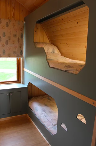 Sycamore glamping pods northumberland - inside bunks bed