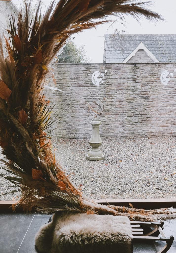 lemore manor coach house sclupture