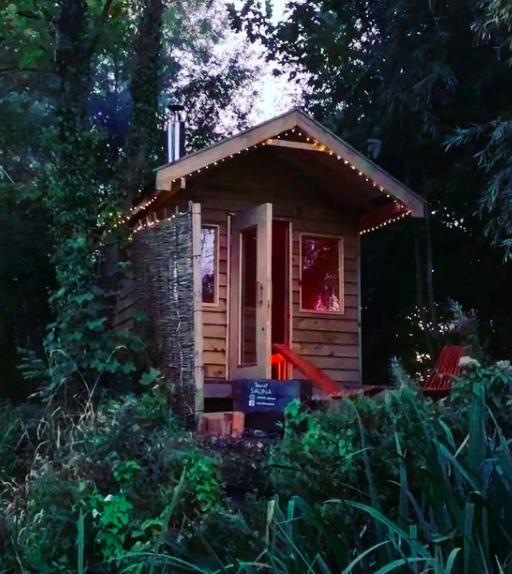 Unique experiences: secret sauna in norfolk