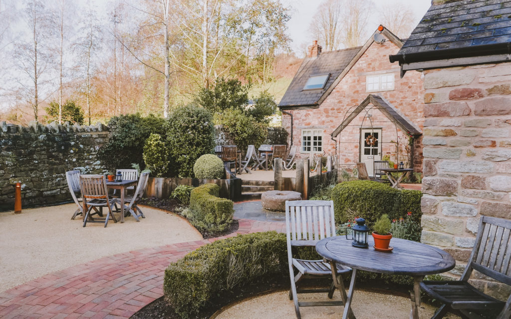 Tudor Farmhouse in the Forest of Dean - cottages