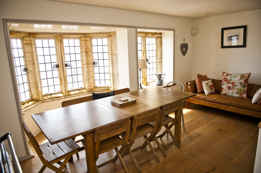 lyme-regis-holiday-cottage Sundial House kitchen
