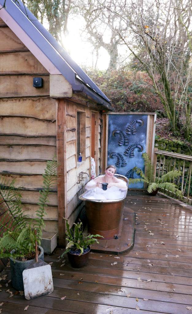 Hudnalls Hideout - treehouse to stay in, Wye Valley. Copper bath tub on decking