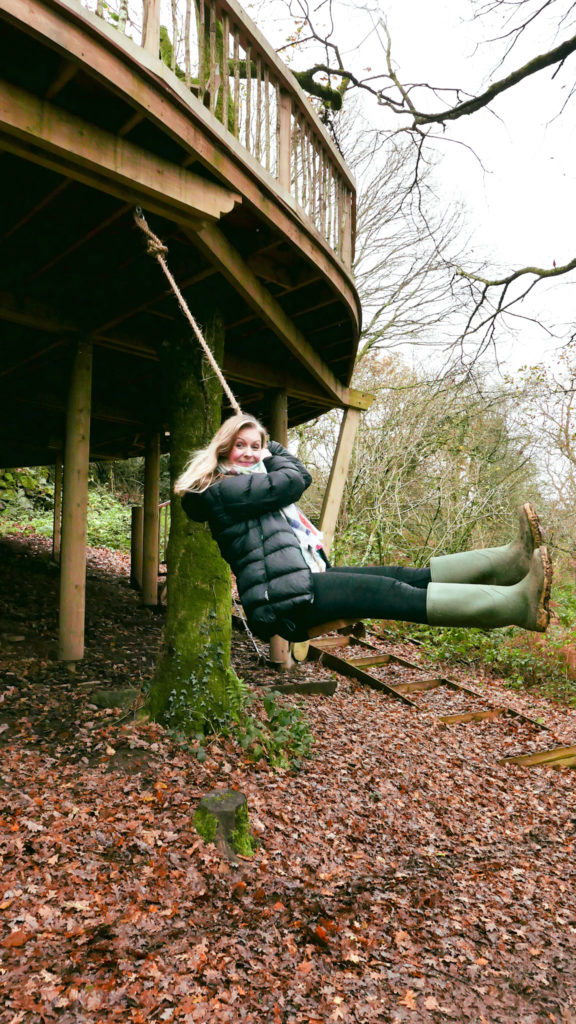 Hudnalls Hideout - treehouse to stay in, Wye Valley. Rope swing