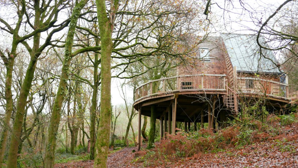 Hudnalls Hideout - treehouse to stay in, Wye Valley