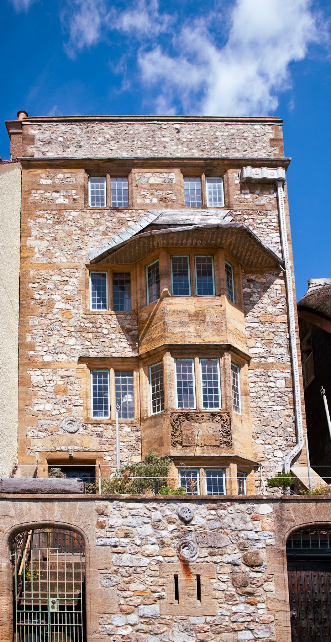 lyme-regis-holiday-cottage: Sundial House, exterior