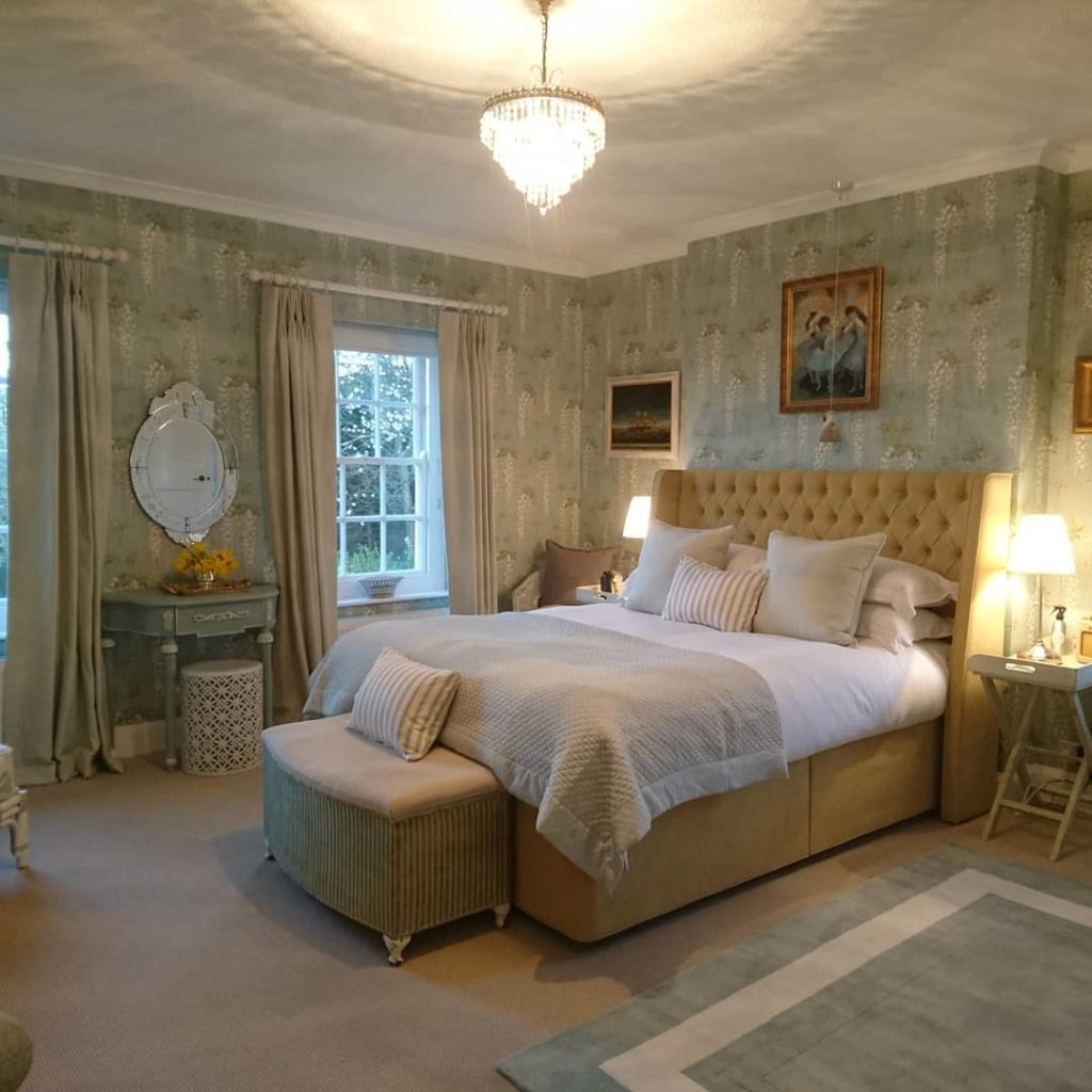 yme-regis-accommodation-greenhill B&B bedroom
