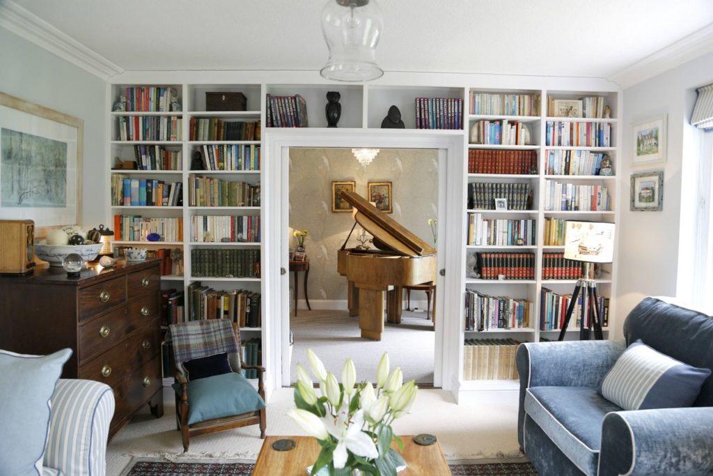 yme-regis-accommodation-greenhill B&B drawing room