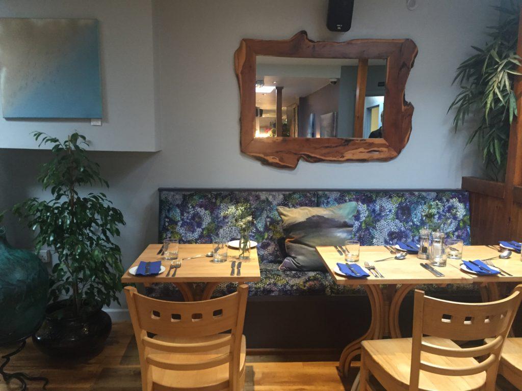 Harbour inn lyme regis - inside restaurant
