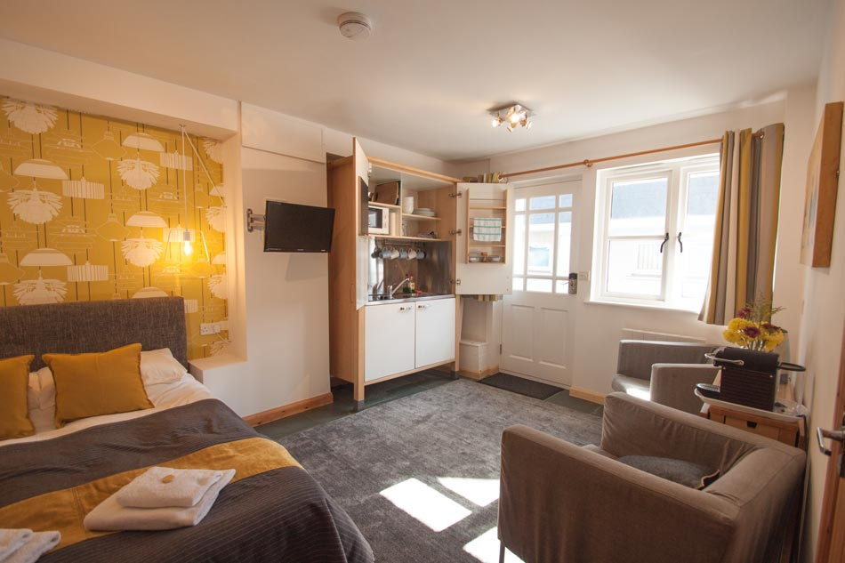 Just B Dartmouth Room only accommodation - zion place apartment