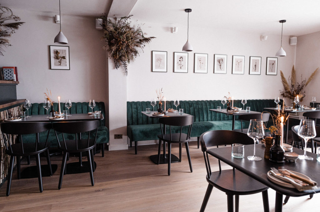 Robin Wylde Restaurant in Lyme Regis - inside