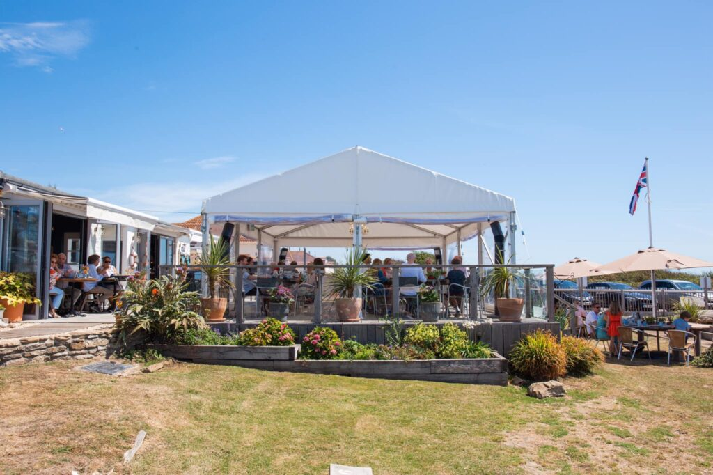 the club house west bexington - the garden pavillion
