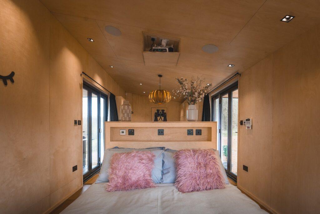 Hidey-Hole-Glamping-East-Sussex bedroom